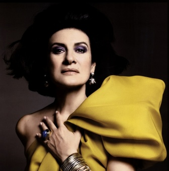 En 2009, impériale dans l'objectif de Mario Sorrenti pour Vogue Paris. Et toujours sa bague, ses bracelets...© Mario Sorrenti