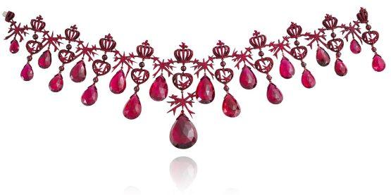 Collier « Scarlett Empress » en tourmalines rouges, rubis et or laqué rouge.