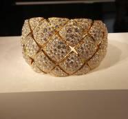 """Manchette """"Signature d'or"""" en or jaune et 1054 diamants taille brillant"""